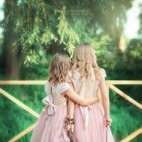 sisters :: Нина Свистуненко
