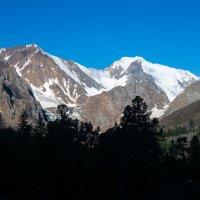Утро в горах :: Максим Бородин