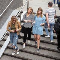 три девицы или поколение :: Олег Лукьянов