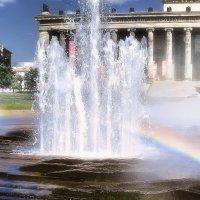 Радужный фонтан :: Татьяна Каримова