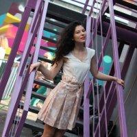 На лестнице. :: Александр Бабаев