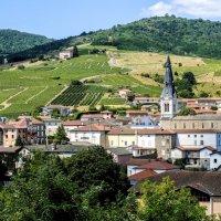 деревня Ле Перреон, регион вина Божоле (Beaujolais) :: Георгий