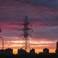 Лэп на фоне заката :: Мария Вишнева