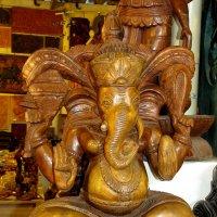 Ганеша - индийский бог Изобилия с головой слона. :: ИРЭН@ .