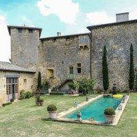 замок-укрепленный дом Раптур (Rapetour), XIII век :: Георгий
