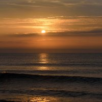 Зимний рассвет над Чёрным морем :: Uliya