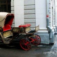 Припарковали ... экипаж , и пошли поить  лошадей ...! :: Игорь Пляскин