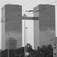 Башни-близнецы :: Дмитрий Никитин