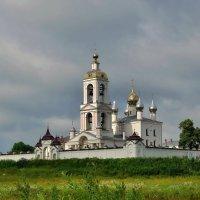 Монастырь Животворящего Креста в селе Погост-Крест :: Olcen Len