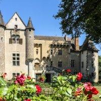 Замок Ла Шассaйнь (La Chassaigne), г. Тьер (Thiers) :: Георгий