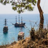 пиратская бухта :: Андрей ЕВСЕЕВ