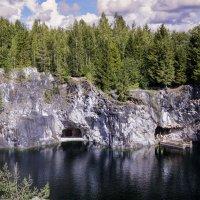 Мраморный каньен в Рускеала. :: Александр Белый