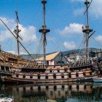 Древний корабль, грозное чье-то судно :: Александр Липовецкий