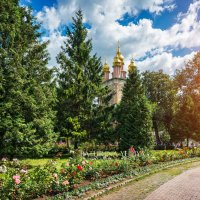 Надвратная церковь Лавры :: Юлия Батурина