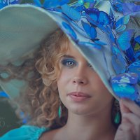 Алина и бабочки2 :: Ольга Егорова