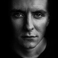 in the dark :: Илья