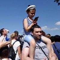 Новое поколение выбирает ... телефон :: Елена
