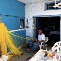 Рыбак на пенсии :: Мария Шатрова