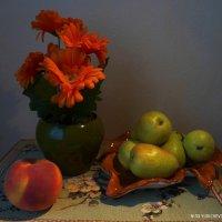 Герберы и фрукты :: Nina Yudicheva