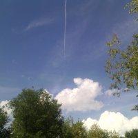 А из облаков лепить ветру легко и приятно... :: Ольга Кривых
