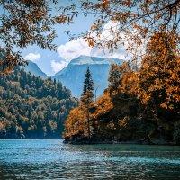 Озеро Рица :: Александр Святкин