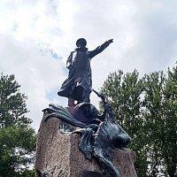 Памятник адмиралу Макарову. :: Людмила