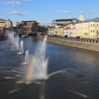 Радуга в городе. :: Владимир Шевченко