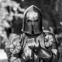 Немного рыцарства :: Юля Грек