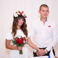 Невеста и жених в загсе :: Valentina Zaytseva
