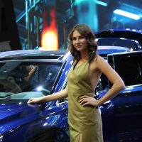 Дама и автомобиль :: Борис Хантер