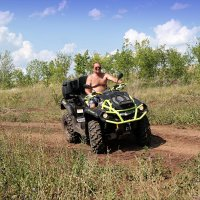 Квадроцикл позволяет проехать там, где этого делать не надо..:) :: Андрей Заломленков