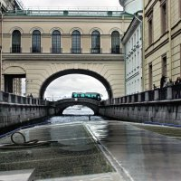 Эрмитажный мост :: Ирина Румянцева