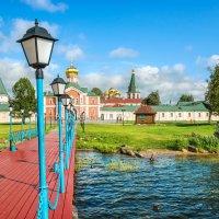 Фонари на пристани :: Юлия Батурина