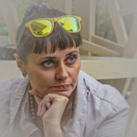 девушка в очках :: Дмитрий Анцыферов