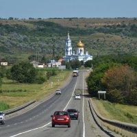 Дорога к храму :: Сергей