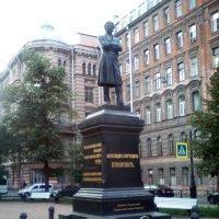Памятник поэту А.С. Пушкину. (Санкт-Петербург). :: Светлана Калмыкова