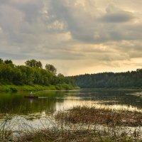 Летний вечер на реке :: Валентин Котляров