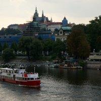 Прага. Речные прогулки .. :: Алёна Савина