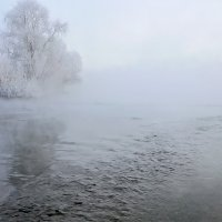 Стоит туман над Енисеем... :: Екатерина Торганская