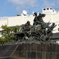 Памятник Василию Чапаеву... :: Наталья Меркулова