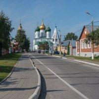 Успенский собор в Коломенском кремле :: Владимир Брагилевский