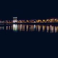 Огни Краснодара отражаются в темной Кубани :: Krasnodar Pictures