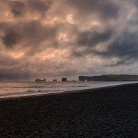 Надвигается шторм...Исландия! :: Александр Вивчарик