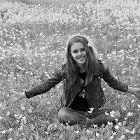 Когда ветреница в лугах цветет... :: Екатерина Торганская