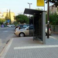 Автобусная остановка. :: Валерьян Запорожченко