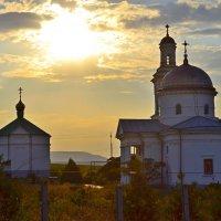 Храм на закате :: Виктор Шандыбин