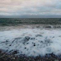 И бьётся о берег морская волна. :: Маргарита ( Марта ) Дрожжина