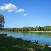 Теплый сентябрь... :: Galina Dzubina