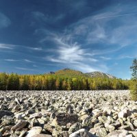 Большая каменная река :: Игорь Лобанов