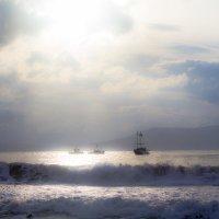 утреннее волнение у моря :: Алексей Векшарев